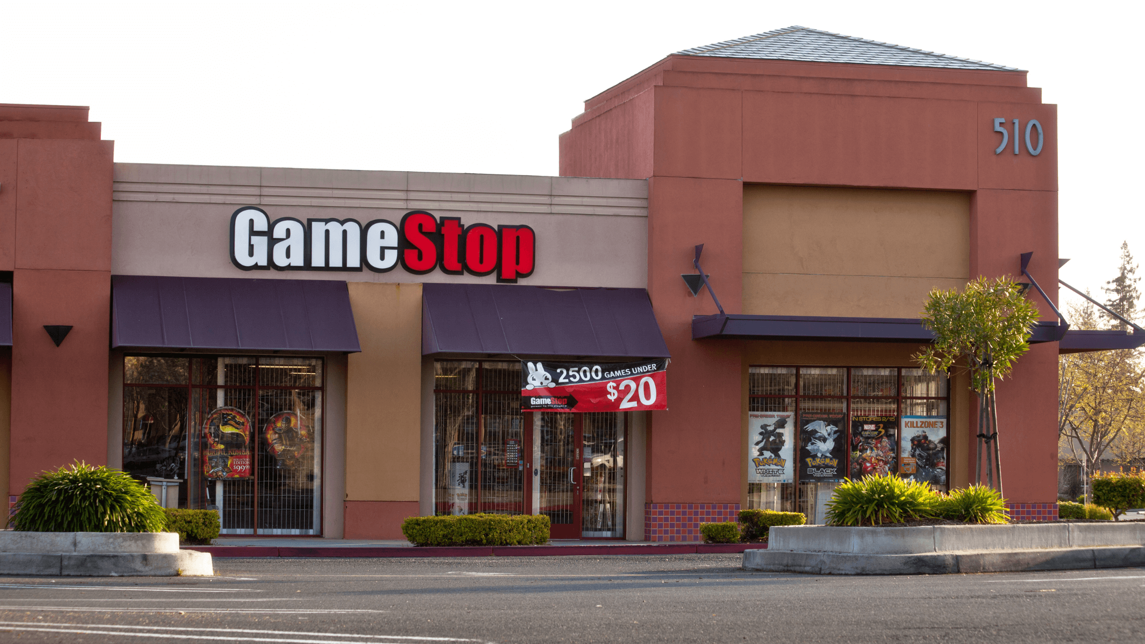 GameStop: Why Its Stock is Red-Hot and Dangerous